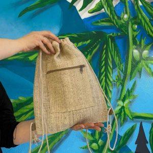 Real foto- plecak konopny w kształcie worka dostępny online naturalniezkonopi.pl